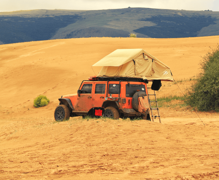 rooftop tent on jeep