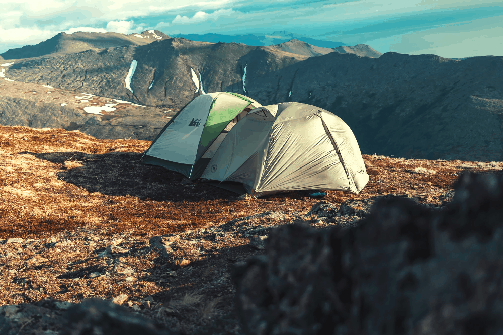 two tents in the moutanins