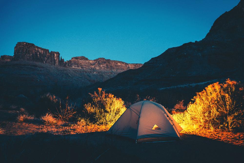 tent in moab utah at night