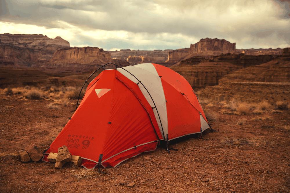 tent in the desert of utah